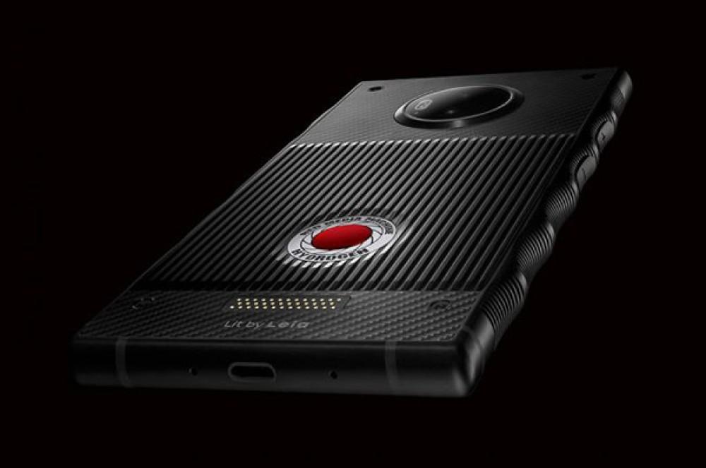 RED Hydrogen One: Οι πρώτες επίσημες φωτογραφίες για το smartphone με την ολογραφική οθόνη