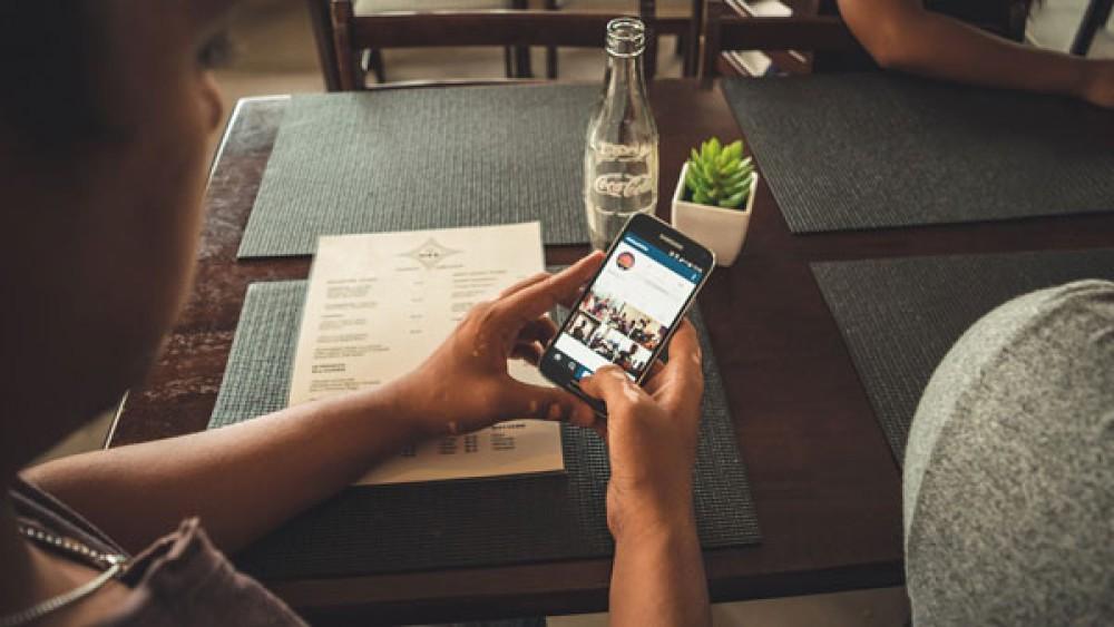 Φραγή στα 150 ευρώ για κινητά - Τι ισχύει για πέναλτι διακοπής συμβολαίου