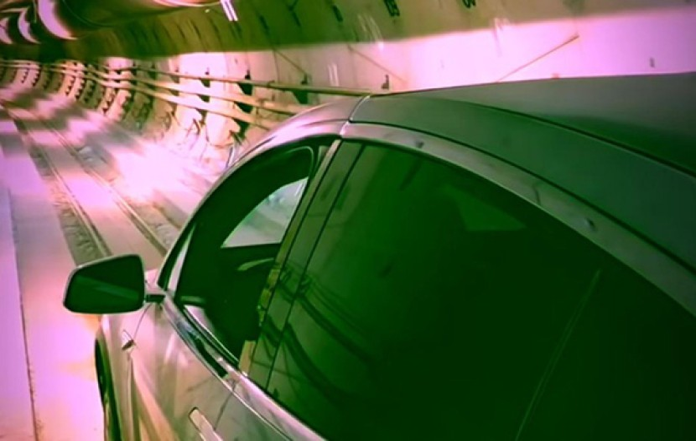 The Boring Company: Δείτε ένα Tesla Model X να μεταφέρεται στο υπόγειο σύστημα που κατασκευάζει η εταιρεία [Video]