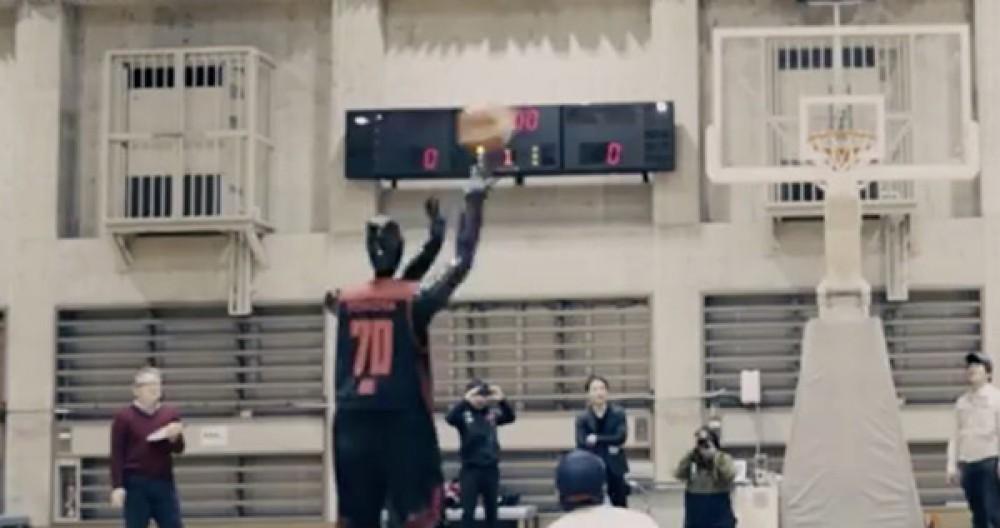 CUE: Ένα ρομπότ με σχεδόν 100% ευστοχία στο μπάσκετ [Video]