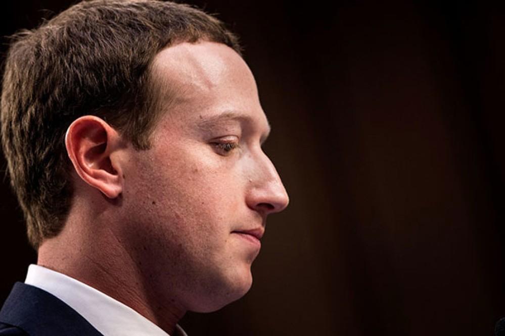 Zuckerberg: Ο λογαριασμός του στα θύματα της Cambridge Analytica, το GDPR θα εφαρμοστεί σε όλο τον κόσμο