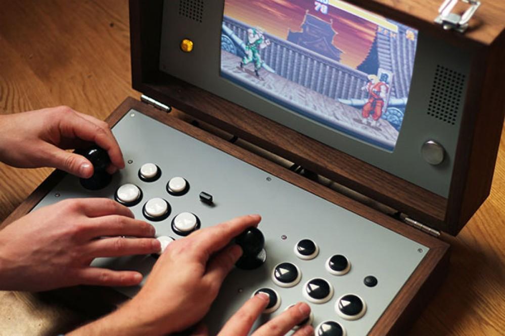 Cary42: Αυτή είναι η χειροποίητη arcade παιχνιδοκονσόλα των ονείρων σου [Video]