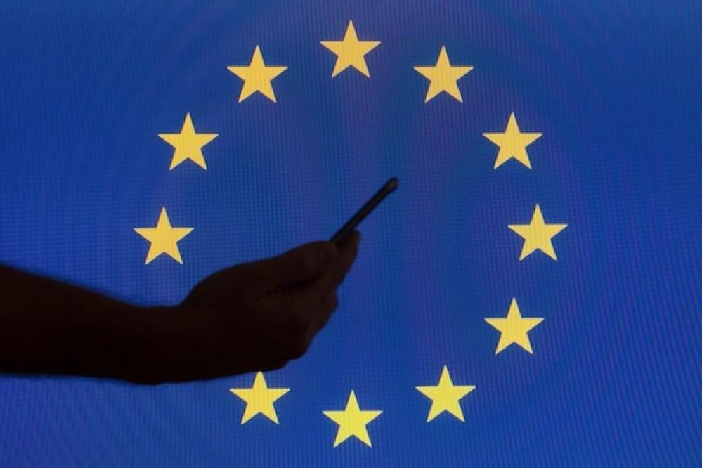 ΕΕ: Πρόσβαση σε συνδρομητικό περιεχόμενο (ταινίες, σειρές, μουσική κ.ο.κ.) χωρίς περιορισμούς, σε ταξίδια εντός ΕΕ