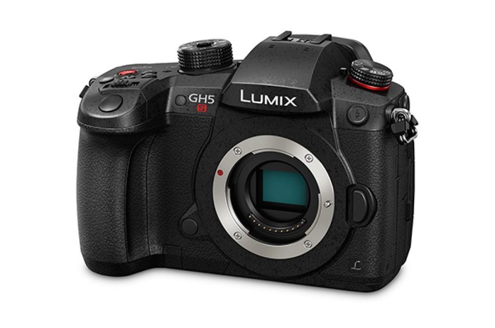 Panasonic Lumix GH5s: Η νέα mirrorless camera με dual ISO για πεντακάθαρες λήψεις 4K video σε συνθήκες χαμηλού φωτισμού [CES 2018]