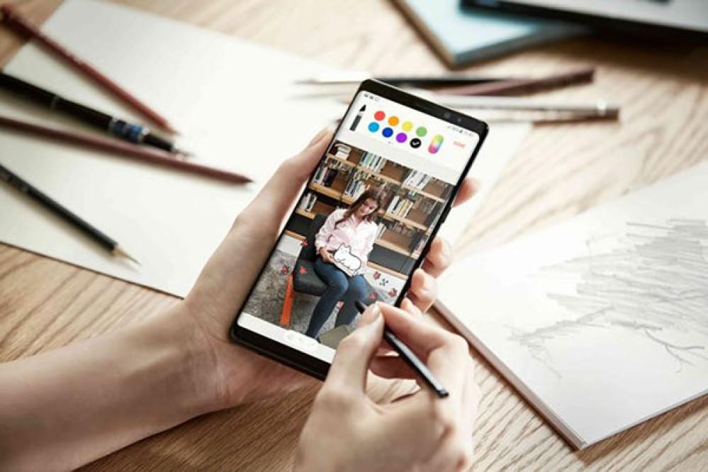 Samsung Galaxy Note8: Video μετάβασης από το iPhone και πρώτα στοιχεία για τις πωλήσεις
