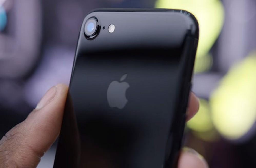 Η Apple εξαγόρασε τη RealFace για το λογισμικό αναγνώρισης προσώπου [Video]