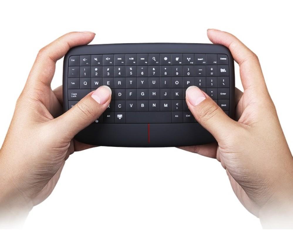 Lenovo 500 Multimedia Controller: Ένα ασύρματο πληκτρολόγιο με multitouch trackpad [CES 2017]