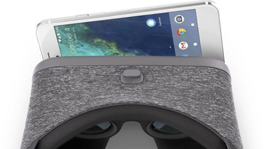 Google Daydream View: Διαθέσιμο στις 10 Νοεμβρίου το VR headset σε τιμή €69