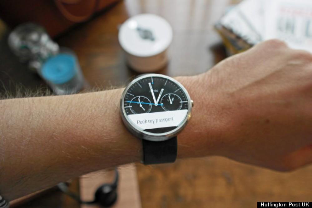 Google: Θέλουμε τα smartwatches με Android Wear να γίνουν συμβατά με συσκευές iOS