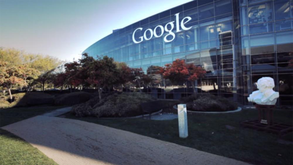 Συμφωνία Google-Facebook για ανταλλαγή διαφημίσεων. Ξεπέρασε τα $1000 η μετοχή της πρώτης!