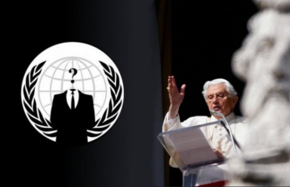 """Οι Anonymous """"έριξαν"""" την ιστοσελίδα του Βατικανό!"""