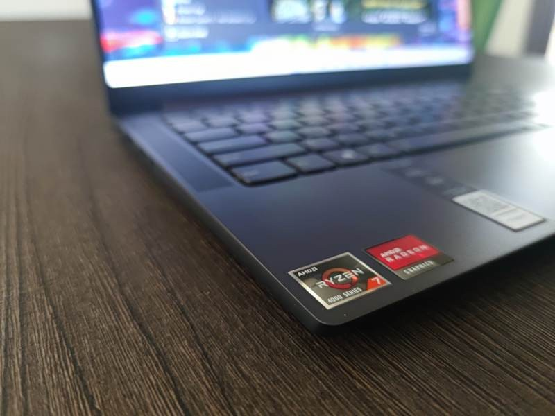 Lenovo Yoga Slim 7 και Yoga 7i Review